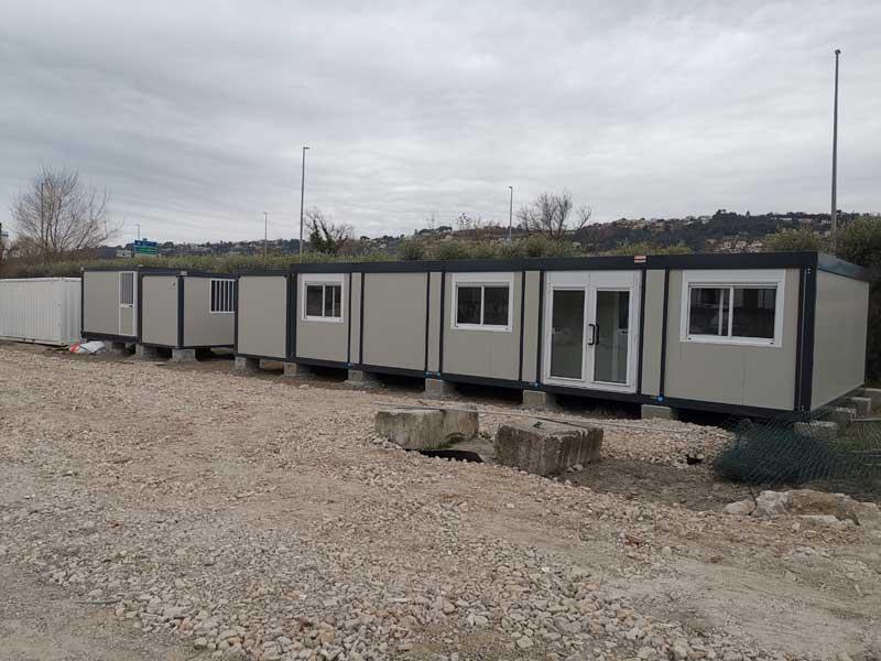 un-ensemble-de-5-bungalows-Série-Plus-avec-ossature-1
